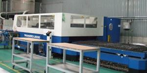 トルンプ社のレーザー加工機1